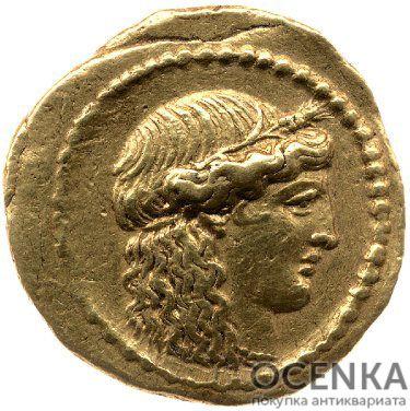 Золотой ауреус, Луций Муссидий Лонг, 42 год до н.э.
