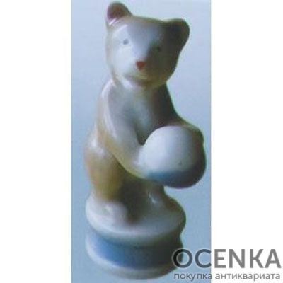 Статуэтка Медведь с мячом
