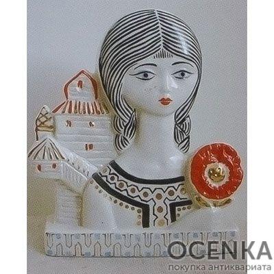 Статуэтка ЛФЗИ Девушка из Полесья