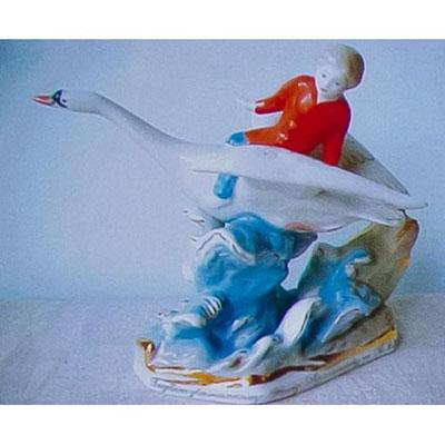 Статуэтка «Гуси-лебеди» (русская народная сказка)